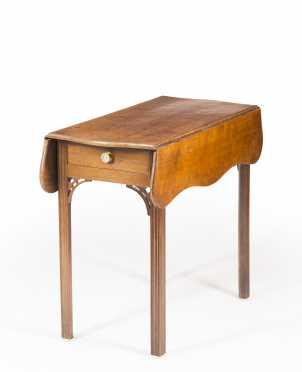 Mahogany Chippendale Pembroke Table