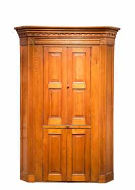 Mid Atlantic Pine Bind Door Corner Cupboard