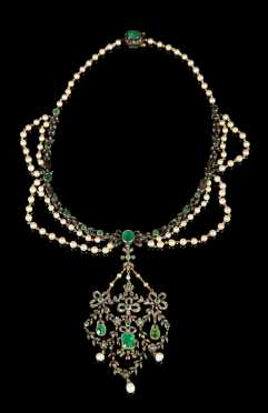 Edwardian Emerald, Pearl, and Diamond Necklace and Pendant