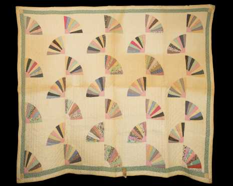 """Fan"" Multicolor Quilt"