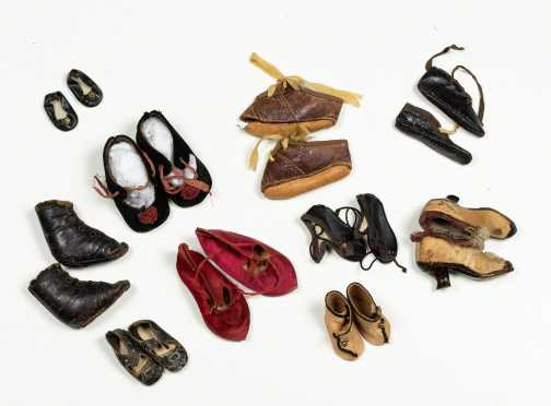 Lot of Ten Pairs of Doll's Shoes