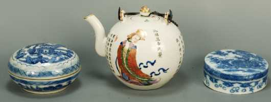 Chinese Porcelain Covered Boxes and Teapot