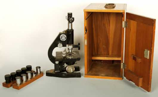 Bausch & Lomb, Microscope