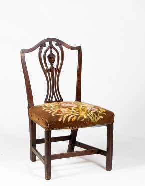 New England Hepplewhite Mahogany Side Chair
