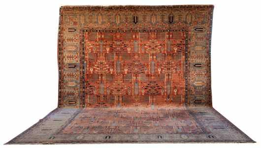 Large Heriz Style Oriental Rug