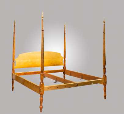 """Tiger Maple """"King Size"""" Sheraton Bed"""