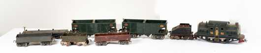 Lionel #380E Electric Locomotive with Six Cars