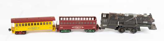 Lionel #263E Electric Locomotive and Two Cars, As-Is