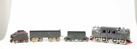 Lionel Standard Gauge #42 Gray Electric Locomotive and Three Cars