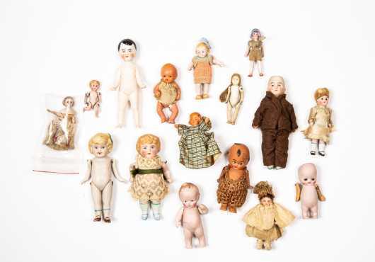 Sixteen Miscellaneous Small Dolls