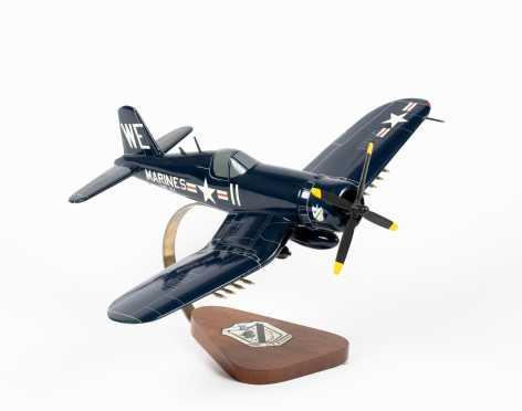 Chance Vought F4U Corsair, 'VMF-214 Black Sheep' Scale Display Model