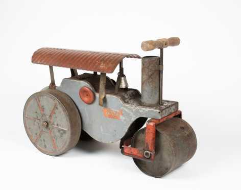"""""""Keystone"""" - """"Ride Em"""" Steam Roller"""