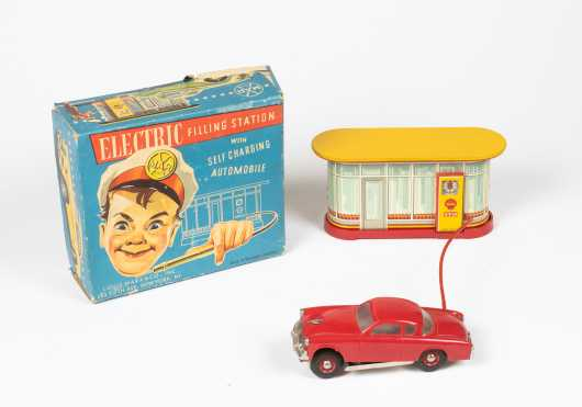 """""""Louis Marx, NY"""" Mint in Box """"Electric Filling Station"""""""