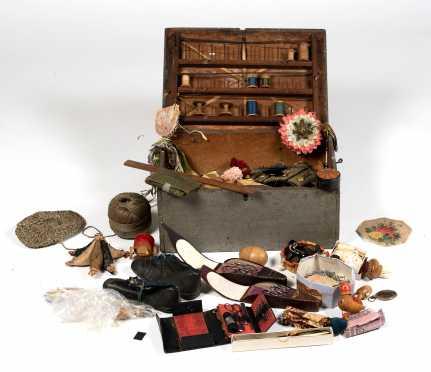 Primitive American 19thC Sewing Box