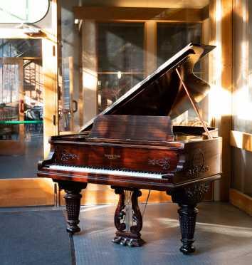 Ivers & Pond Grande Piano