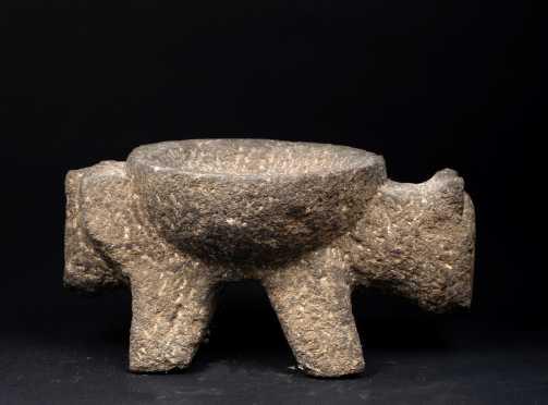 A Pre Columbian Zoomorphic Stone Metete