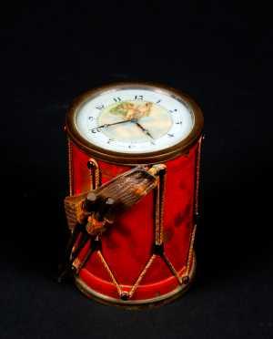Continental Miniature Parade Drum Form Clock