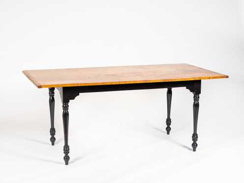 L20thC Tiger Maple Top Sheraton Style Dining Table