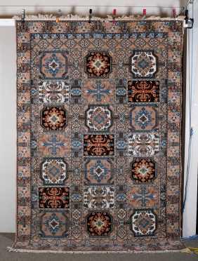 L20thC Pakistani Bakhtiari Room Size Oriental Rug