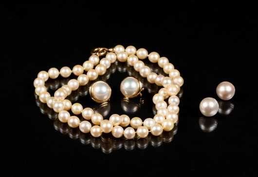 Pearl and Yellow Gold Lot