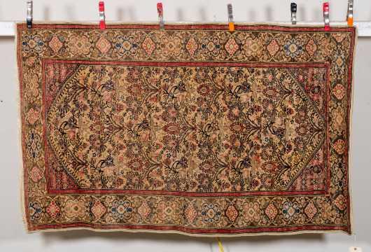 Sarouk E20thC Oriental Scatter Rug
