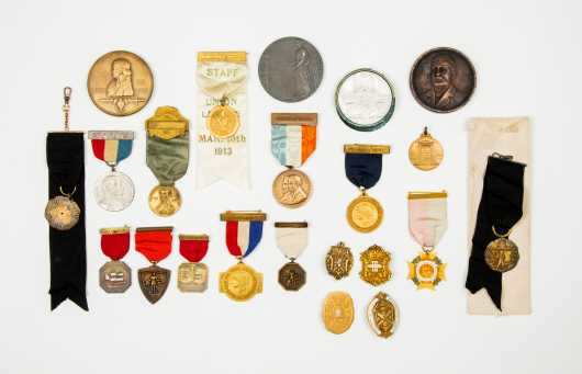 Eighteen Assorted Ribbon Medal and Pins Along with Four Commemorative Plaques