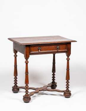 English William and Mary Oak Dressing Table