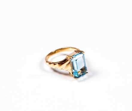 Topaz and 14K Cocktail Ring