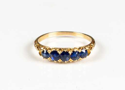Antique Yellow Gold and Sapphire Ring