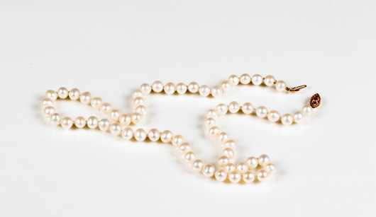 Strand of Knotted Pearls