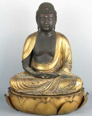 18th century Chinese Carved Wooden Buddha