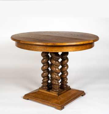C1900 Round Oak Center Table