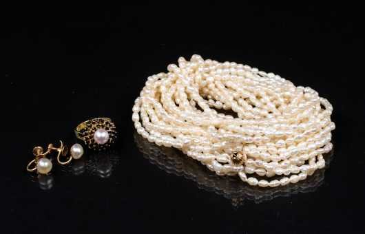 Lot of Pearl Jewelry
