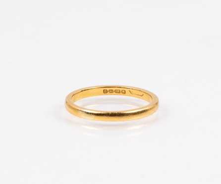 Yellow Gold Band in 22K