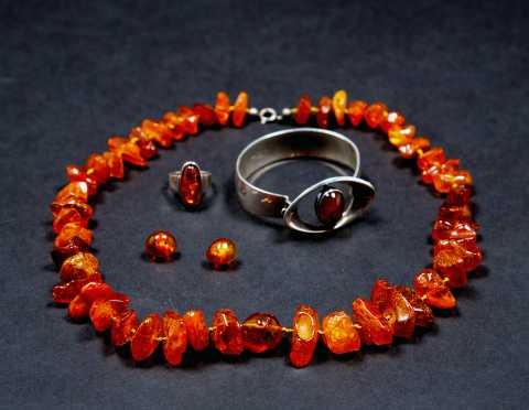 Four Pieces of Amber Jewelry