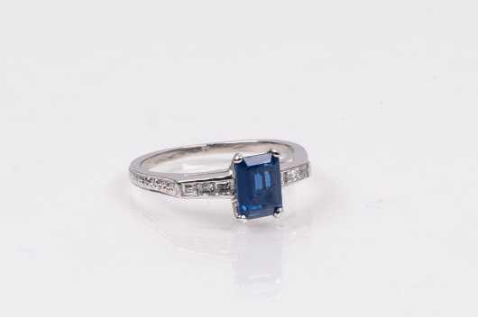 Sapphire and Carre Cut Diamond Platinum Ring