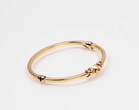 """Hinged 14K """"XOX"""" Bracelet"""