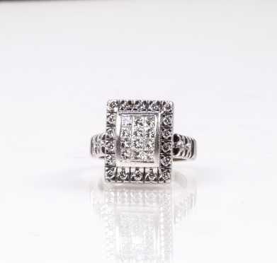 18K and Diamond Contemporary Ring