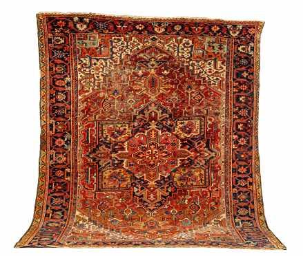 Goravan Heriz Room Size Oriental Rug