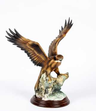 """""""Capodimonte"""" Hawk Figurine"""