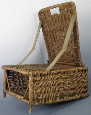 Vintage folding wicker canoe seat