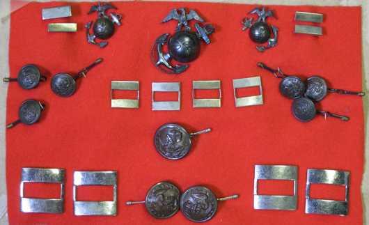 Lot of World WAR II U.S.M.C. brass uniform buttons