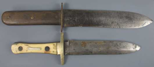 Lot of two 19th century Fighting Knives