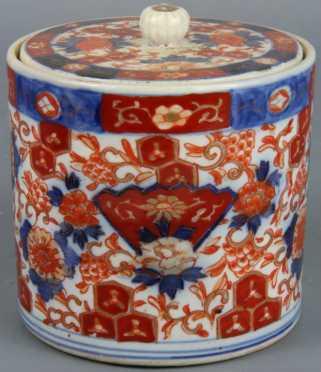 Japanese Imari Covered Biscuit Jar