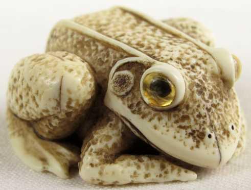 Ivory Netsuke of a Frog