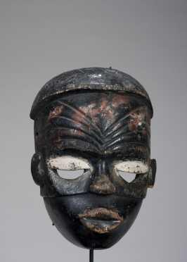 A fine Ibibio mask