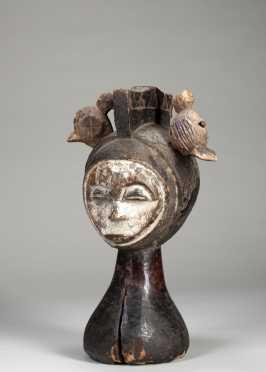 A fine janus Idoma dance crest