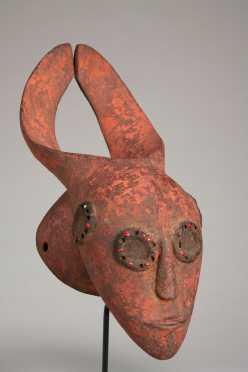 An unusual Mangam mask
