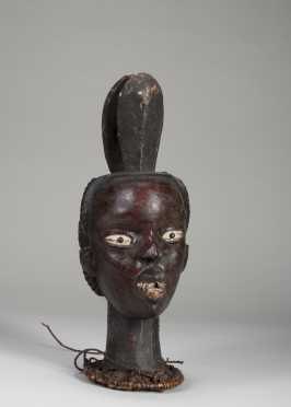 An Ekoi skin covered dance crest