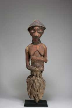 An Eastern Pende post figure